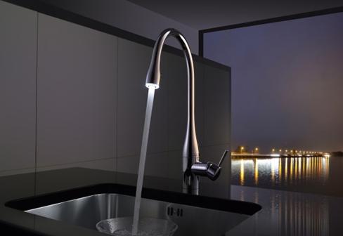 KWC keukenmengkraan type EVE met licht.