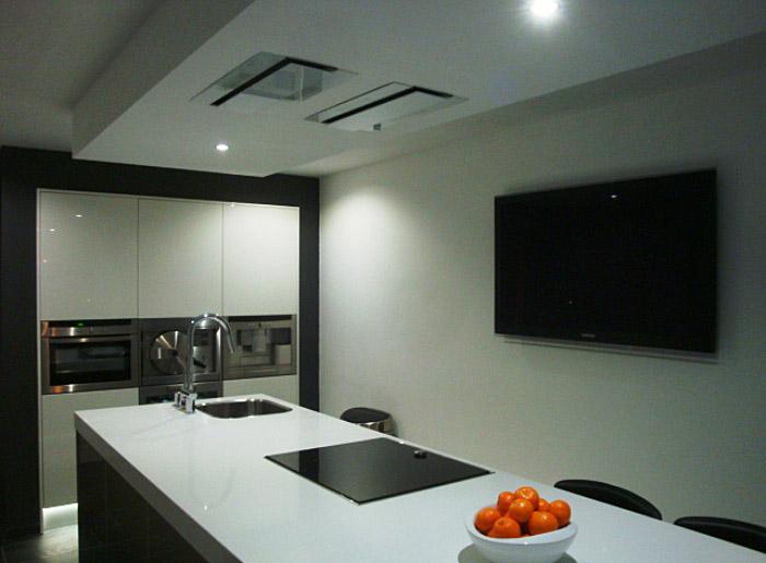 Keuken Afzuigkap Inbouw : design keuken hebben we de afzuigkap gemonteerd in het plafond