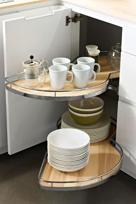 Hoekkast Keuken Oplossing : keuken. Wel een meer chique oplossing vergeleken met de hoekkasten die