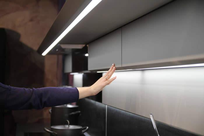 Ergonomie Van De Keuken : zoals bijvoobeeld bij de greeploze s18 keuken in de showroom
