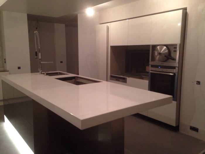 Snaidero keuken project 578 in brussel - In het midden eiland keuken ...
