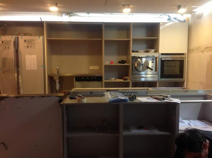 Keuken smalle kleine - Keuken kleine ruimte ...