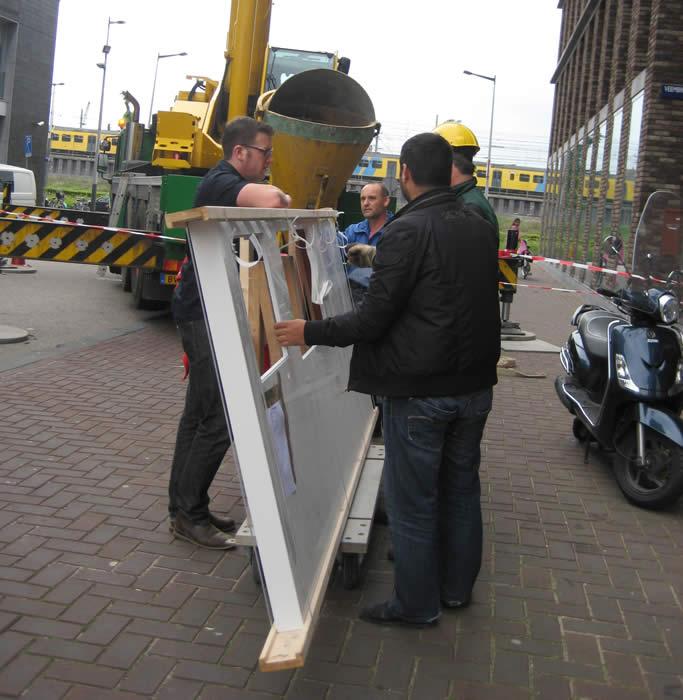 Keuken Design Amsterdam : Het werkblad staat op een bokkar zodat je er makkelijk mee kunt lopen.