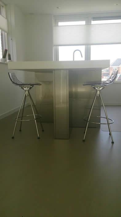 Barkrukken Keuken Design : de Snaidero design keuken hebben we transparante barkrukken geleverd