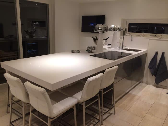 Lamp eiland keuken - Bar design keuken ...