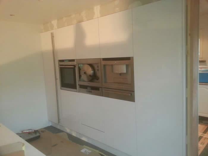 Spotjes Keuken: Maken plaatsen en stucen van een koof boven de keuken ...