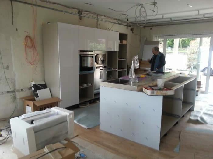 Italiaanse design keuken in duitsland koblenz projekt 630 - In het midden eiland keuken ...