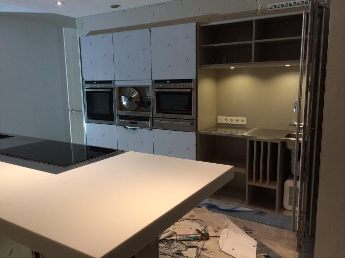 Snaidero keuken geplaatst in bergschenhoek - Hoe dicht een open keuken ...