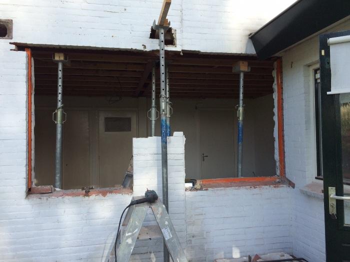 Keuken Design Castricum : Naast het raamkozijn worden ook de vloer en ...