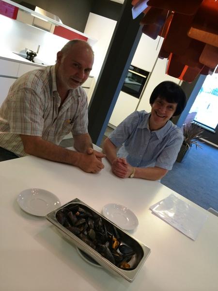 Nieuwe Keuken Uitzoeken : Bij het uitzoeken van de keuken hebben we Zeeuwse mosselen getest in