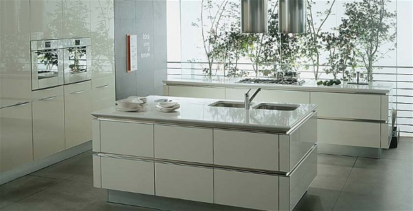 Hoogglans Wit Keuken : Snaidero keuken type idea in wit hoogglans opstelling met eiland