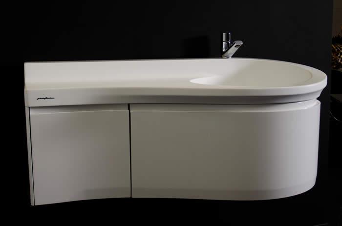 Badkamer meubel naar ontwerp van paolo pininfarina - Model badkamer design ...
