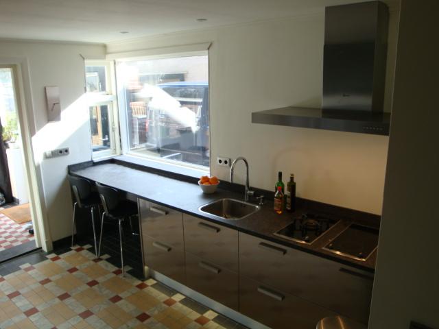 Roestvrijstalen snaidero keuken type tecnica hoogglans gelakt geplaatst in tilburg project 396 - Keuken originele keuken ...