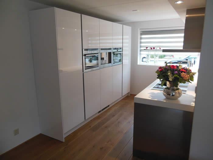 Koof Keuken Materiaal : De nieuwe Snaidero keuken van project 597 is klaar. De klant is er