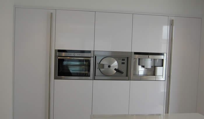 Rvs Koof Keuken : de keuken is klaar de klant kan verhuizen en de keuken in gebruik
