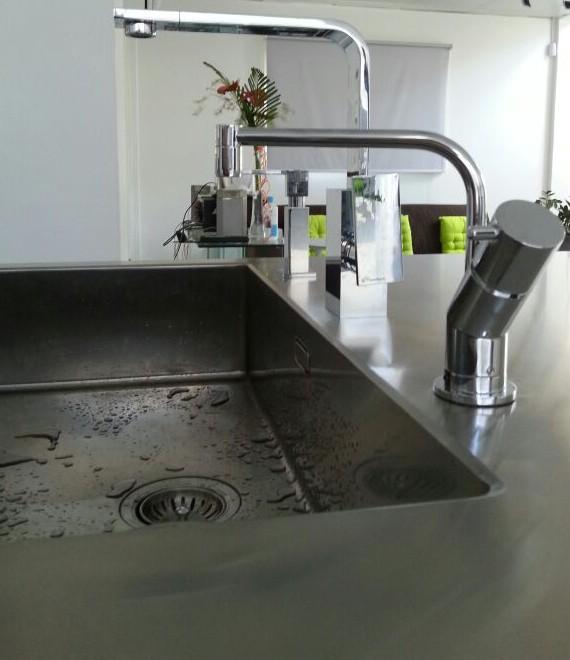 Keuken Design Suriname : De nieuwe keuken staat klaar om opgehaald te ...