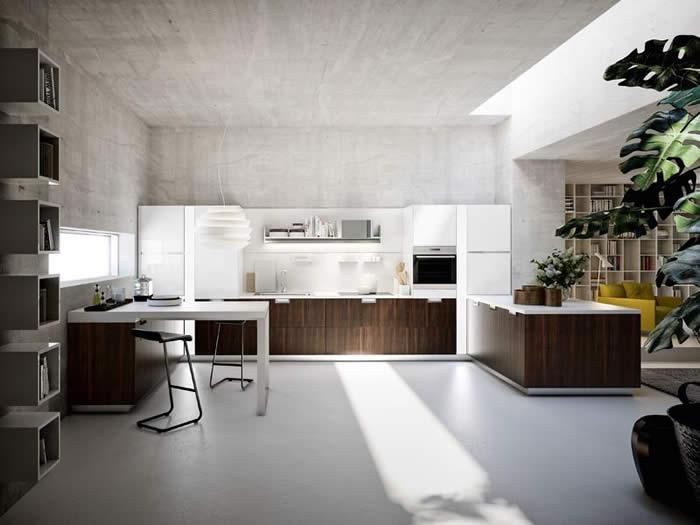 De Snaidero Lux keuken is ontworpen door Pietro Arosio.
