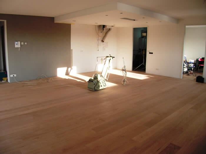 Verlaagde Plafond Keuken : Het verlaagde plafond voor de ingebouwde plafond afzuigkap is klaar