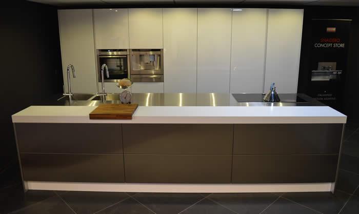 Design Vuilbak Keuken : Italiaans design keukens bij de snaidero ...