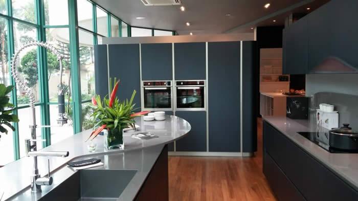 Keuken Zwart Mat : keukens binnen te krijgen. Zo ook de zwarte Snaidero Ola 20 keuken van
