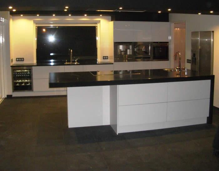 Led Inbouwspots Keuken : Project 555, een snaidero Italiaanse designkeuken geplaatst in Zeeland