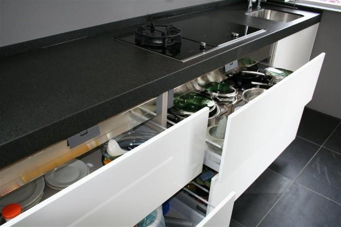 Keuken Aanrecht Graniet : Deze Snaidero keuken is uitgevoerd met een extra dik aanrecht en veel