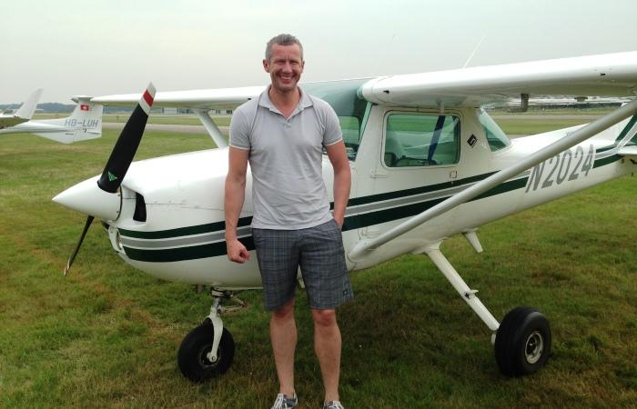 De klant is ook een keer met ons mee wezen vliegen vanaf het vliegveld in Arnemuiden.