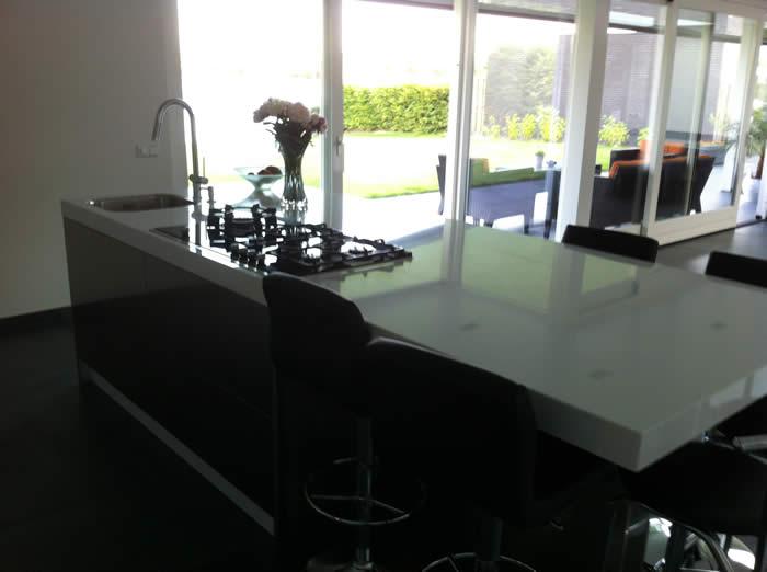 De keuken is klaar en de klant heeft hem nu ook in gebruik.