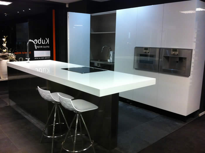 Keuken Plint Monteren : Rudy`s blog over Italiaanse Design Keukens e.d.: december 2012