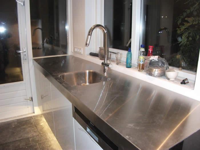 Keuken Plint Clips : De hoge kasten zijn klaar, alleen de beschermfolie zit nu nog op de